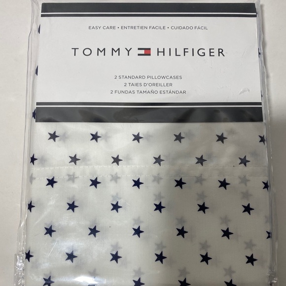 🐞Tommy Hilfiger standard pillow case set